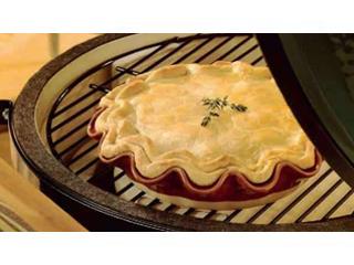 Рецепт от Big Green Egg: Пирог с индейкой и грибами лесными